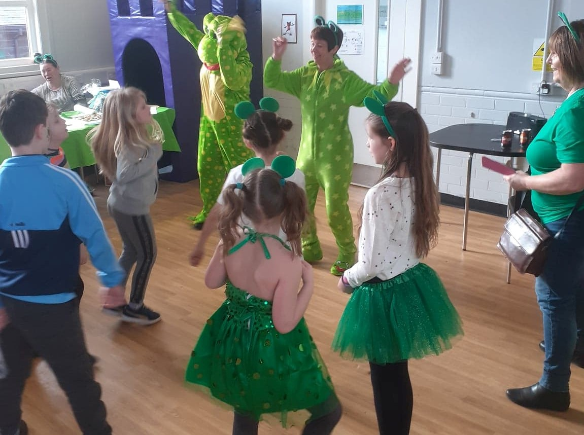 Children playing frog-related party games
