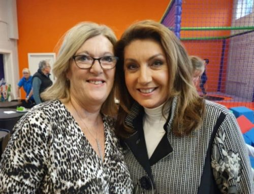 Lynn McManus Featured on Jane McDonald & Friends.